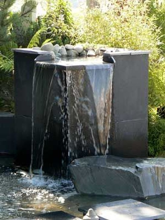 Amazing Modern Water Feature For Your Landscape37