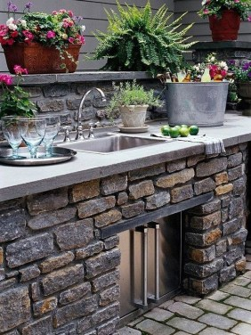 Awesome Outdoor Kitchen Design Ideas 16