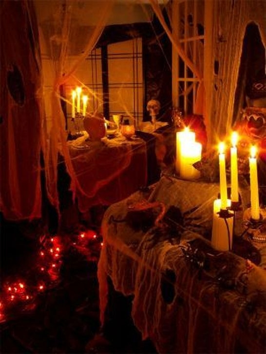 Cozy Vintage Halloween Decoration For Outdoor Ideas 01