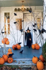 Cozy Vintage Halloween Decoration For Outdoor Ideas 17