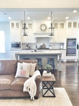 Fantastic Living Room Farmhouse Style Decorating Ideas 11