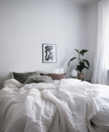 Gorgeous Grey Bedroom Ideas To Repel Boredom19