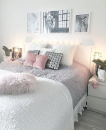Gorgeous Grey Bedroom Ideas To Repel Boredom27