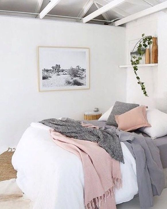 Gorgeous Grey Bedroom Ideas To Repel Boredom28