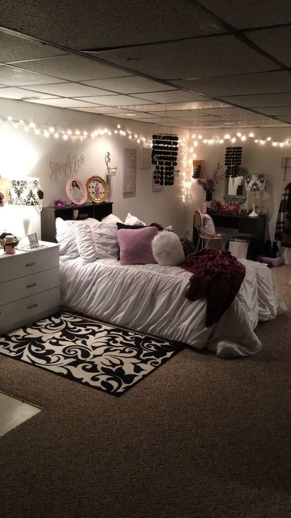 Gorgeous Grey Bedroom Ideas To Repel Boredom39
