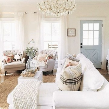 Popular French Country Living Room Decor Ideas 17