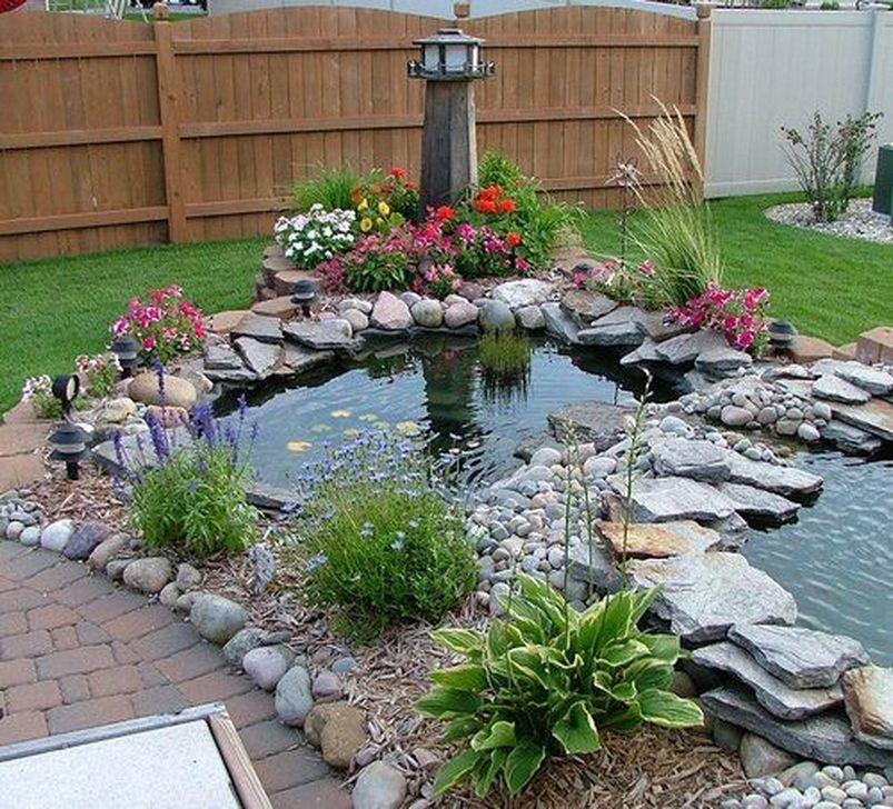 Pretty Backyard Pond Design Ideas43