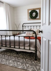 Stunning Bedroom Design And Decor Ideas With Farmhouse Style01