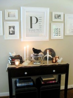 Stylish Console Table For Halloween Ideas 29