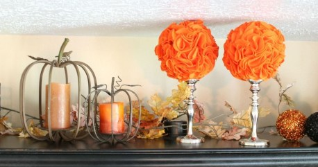 Stylish Console Table For Halloween Ideas 33