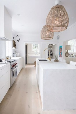 Cozy White Kitchen Design And Decor Ideas34