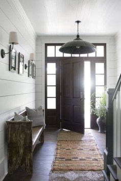 Creative Farmhouse Entryway Decorating Ideas27