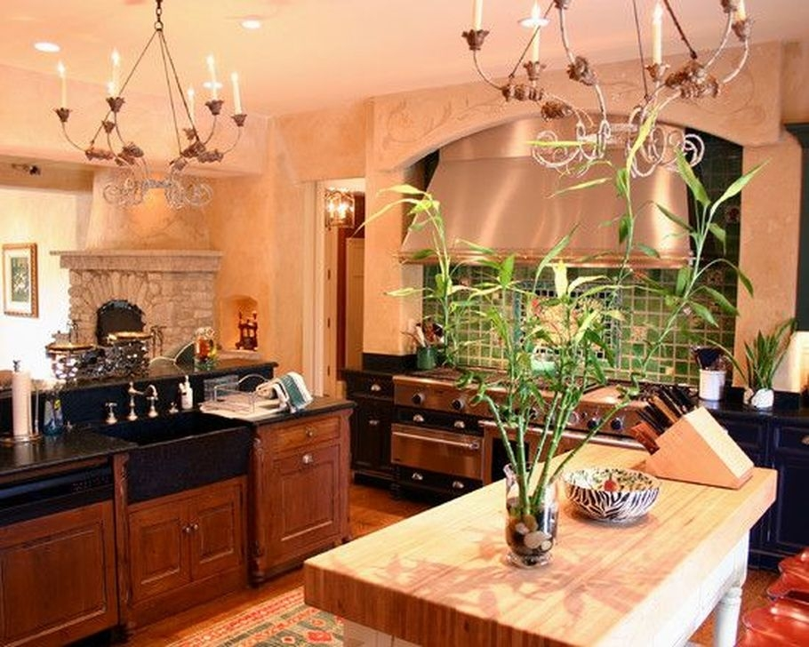 Magnificient French Country Kitchen Design And Decor Ideas33