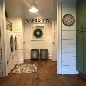 Popular Farmhouse Laundry Room Decorating Ideas17