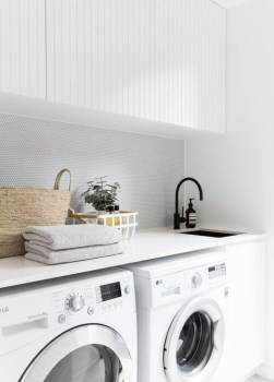 Popular Farmhouse Laundry Room Decorating Ideas24