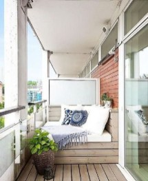 Unique Apartment Balcony Design And Decor Ideas02