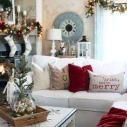 Amazing Christmas Decorating Ideas For Small Spaces01