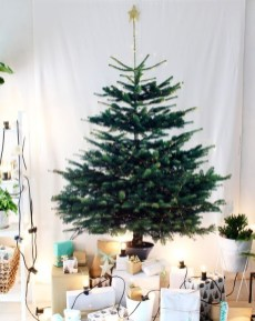 Amazing Christmas Decorating Ideas For Small Spaces19