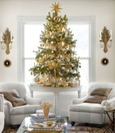 Amazing Christmas Decorating Ideas For Small Spaces31