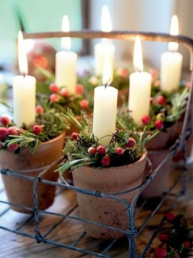 Amazing Christmas Decorating Ideas For Small Spaces42