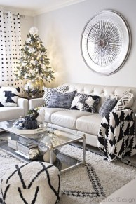 Comfy Christmas Living Room Decor Ideas31