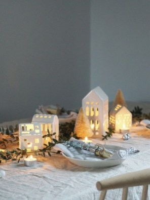Extraordinary Scandinavian Christmas Decor Ideas07