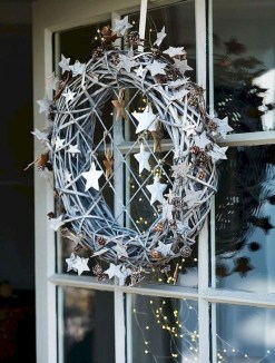 Extraordinary Scandinavian Christmas Decor Ideas22
