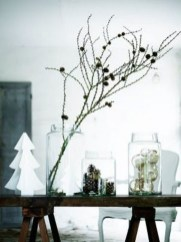 Extraordinary Scandinavian Christmas Decor Ideas42