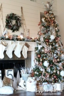 Fascinating Christmas Tree Decoration Ideas32
