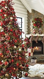 Gorgeous Rustic Christmas Tree Decoration Ideas30