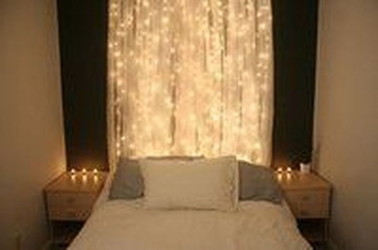 Magnificient Christmas Lighting Bedroom Ideas32