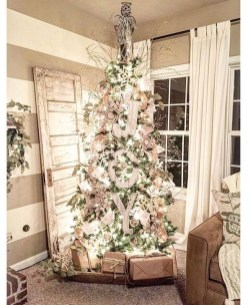 Modern Farmhouse Christmas Tree Ideas04