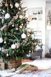 Modern Farmhouse Christmas Tree Ideas30