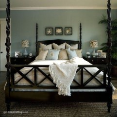 Stunning White Black Bedroom Decoration Ideas For Romantic Couples02