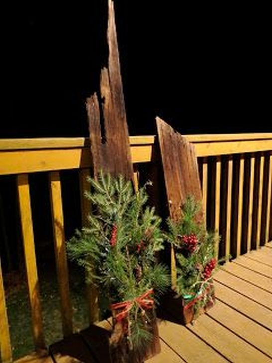 Stylish Diy Outdoor Christmas Decoration Ideas07