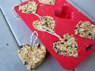Cheap Diy Ornaments Ideas For Valentines Day26