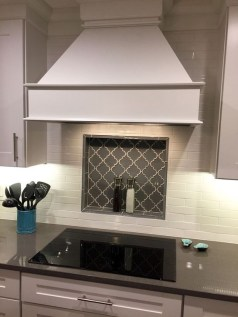 Fascinating Kitchen Backsplash Decoration Ideas For Your Kitchen10