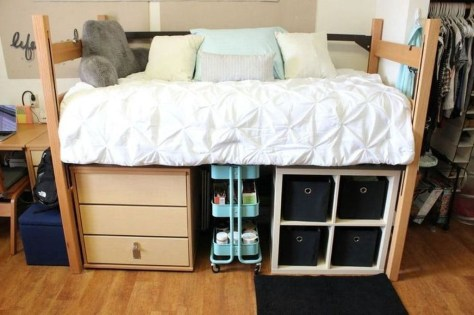 Lovely Dorm Room Organization Ideas On A Budget02