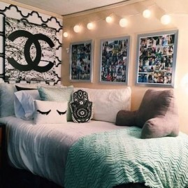 Lovely Dorm Room Organization Ideas On A Budget24