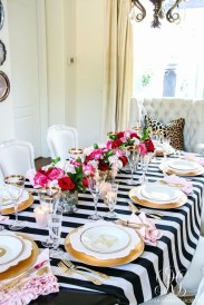 Stunning Table Decoration Ideas For Valentine'S Day42