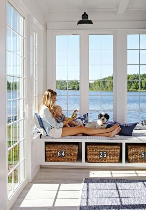Affordable Lake House Bedroom Decorating Ideas33