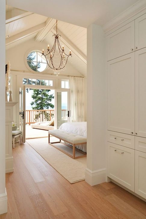 Affordable Lake House Bedroom Decorating Ideas37