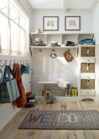 Awesome Rustic Mudroom Bench Decorating Ideas On A Budget32