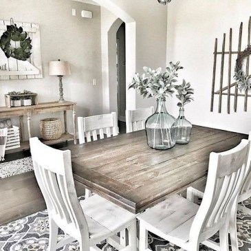 Captivating Farmhouse Dining Room Table Decorating Ideas32