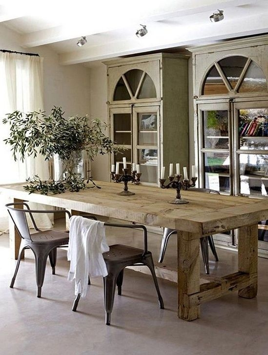 Captivating Farmhouse Dining Room Table Decorating Ideas44