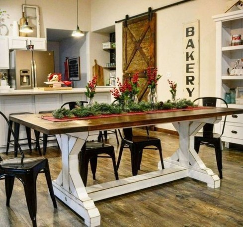 Captivating Farmhouse Dining Room Table Decorating Ideas45