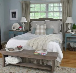 Inspiring Farmhouse Style Master Bedroom Decoration Ideas35