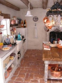 Latest French Country Kitchen Design Ideas08