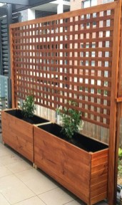 Stylish Wooden Privacy Fence Patio Backyard Landscaping Ideas10