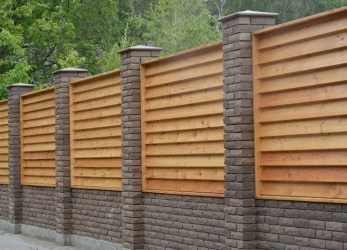 Stylish Wooden Privacy Fence Patio Backyard Landscaping Ideas15